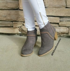 Shoes - Ankle Booties - Gray